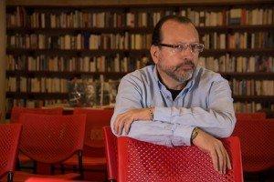 William-Ospina---Cre݁dito---Penguin-Random-House-y-Fondo-de-Cultura-Econo݁mica-3