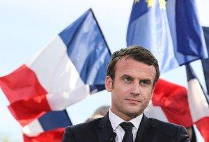 En abril de este año, en Francia, Emanuel Macron se tomó el centro y hundió al viejo Partido Socialista.