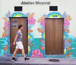 Exterior de atelier Muyuqui, estudio de tatuajes y galería de arte.