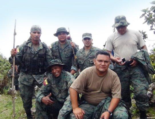 Ángel Pulla combatió en el conflicto del Alto Cenepa, en el Oriente ecuatoriano, a principios de 1995, donde perdió una pierna a causa de una mina antipersonal.