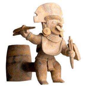 Vaso motivo antropo-guerrero. Cultura Jama-Coaque.