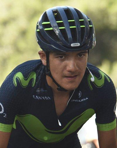 Actualmente corre para el equipo español Movistar Team y es el primer corredor ecuatoriano en ganar una etapa en una de las tres Grandes Vueltas tras hacerlo en la octava etapa del Giro de Italia 2018.